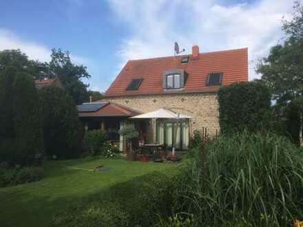 Schönes, geräumiges Haus mit vier Zimmern, großzügigem Garten in Potsdam-Mittelmark (Kreis), Nutheta