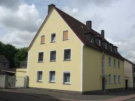 Top renovierte Dachgeschosswohnung! Ideal für Singles!