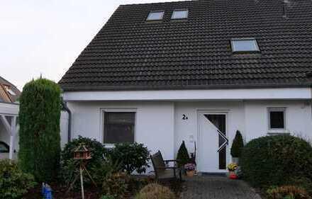 Schönes Haus mit fünf Zimmern + ausgebautem Spitzboden in Bielefeld, Vilsendorf