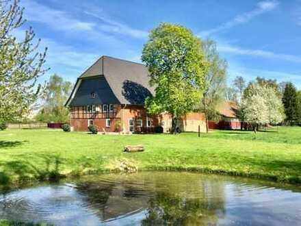 Immobilientraum: Ländliches Anwesen in bestem Zustand und Alleinlage - ideal zur Pferdehaltung!