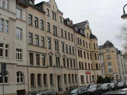 4 Raum Wohnung 95m² Laminat,Balkon,Fahrstuhl,Gäste WC mit Dusche