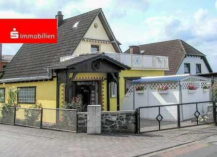 Gemütliches Einfamilienhaus mit Garage, kleinem Garten und Vorgarten in Dorchheim