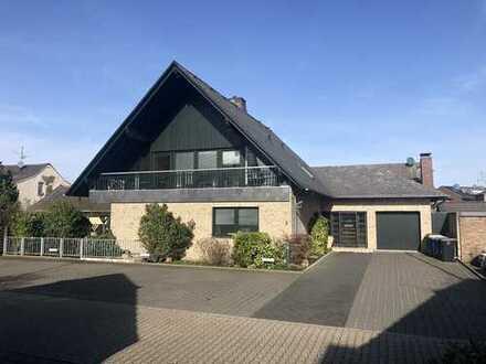 Wohnhaus mit großzügiger, funktioneller Raumaufteilung in Kaarst-Holzbüttgen.