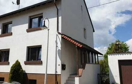 929*1-2FH*ca.135m² Wfl.*ca.526 m² Grdst*6 ZKB*GWC*Garage*Balkon*Garten*Spielstraße*Wemmetsweiler*
