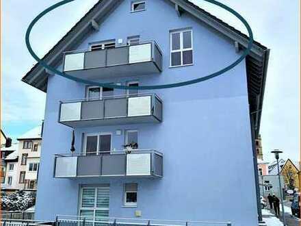 4-Zimmer-Dachgeschoss-Wohnung mit Aufzug nahe Stadtkern in B a d S ä c k i n g e n