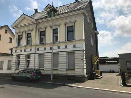 Renovierte 3-Zimmer-Dachgeschosswohnung in Solingen