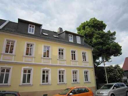 Sehr schön gelegene 4 Raum Maisonette-Wohnung mit 2 Balkonen