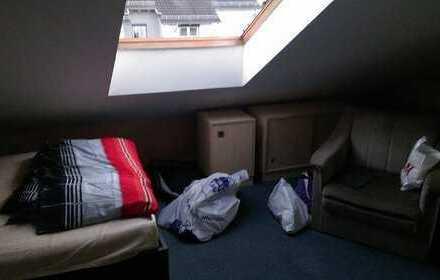 Schönes Zimmer in Walheim nahe Ludwigsburg und Stuttgart