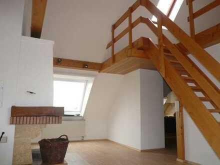 Individuelle zwei Zimmer Wohnung in Augsburg, Pfersee