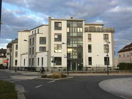 Neuwertige 3-Zimmer-Wohnung mit Balkon in Offenbach- Bürgel