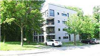 Durlach/Bergwald: Exklusives 4-Zimmer-Maisonnette-Penthouse mit großer Dachterrasse