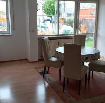 Gepflegte 2-Zimmer-Wohnung mit Terrasse und Einbauküche in Ingolstadt