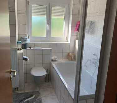 Möblierte Wohnung mit Balkon+Parkplatz /nahe Audi/Lidl/nahe Straßenbahnanschluss