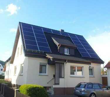 Sanierte 3,5-Zimmer-DG-Wohnung mit Einbauküche in Hohenroda