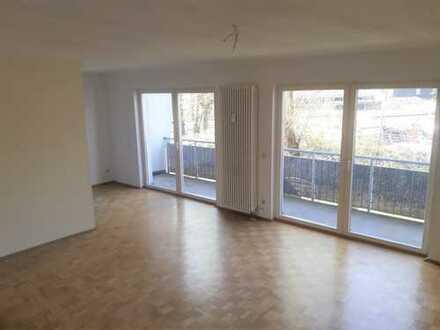 Schicke 3-Raum-Wohnung mit Balkon, gute Aufteilung