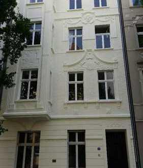 Gepflegte 3-Zimmer-Wohnung mit Balkon, denkmalgeschützter Altbau, in Dortmund
