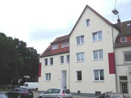 Bremen-Woltmershausen: Modernisierte 2 Zimmer Whg. in zentraler Lage und Top Anbindung in die City
