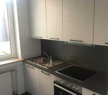 3,5 Raumwohnung mit neuer Küche und kleiner Terrasse