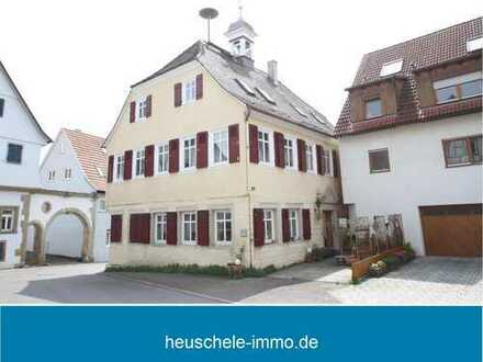 Für die, die das Besondere lieben: Schickes, historisches Gebäude in Bietigheim-Metterzimmern.