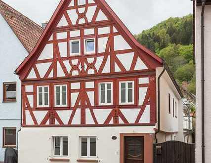 Schönes, kernsaniertes Fachwerkhaus mit sechs Zimmern in Miltenberg (Kreis), Amorbach