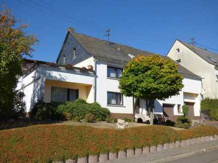 Großes 2-FH mit Garten und Nebengebäuden in Schneppenbach, zwischen Kirchberg und Kirn, Hunsrück