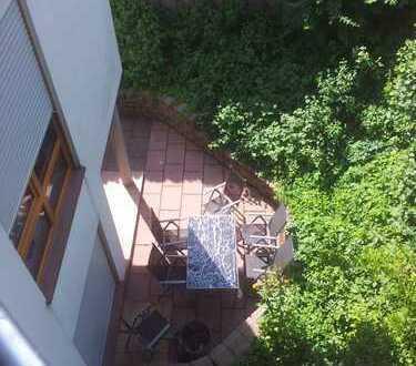 Sanierte 2-Zimmer-Einliegerwohnung mit Terrasse und Einbauküche in Groß-Bieberau