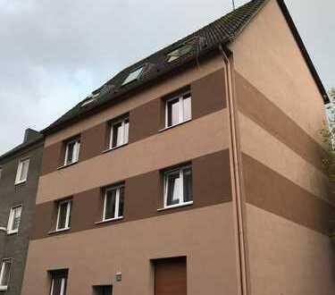 Schöne vier Zimmer Wohnung in zentraler Lage von Bochum, Kruppwerke