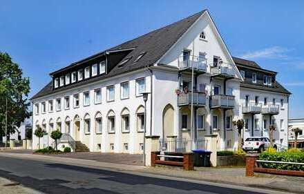 Praxis/Büro hinter historischen Mauern!