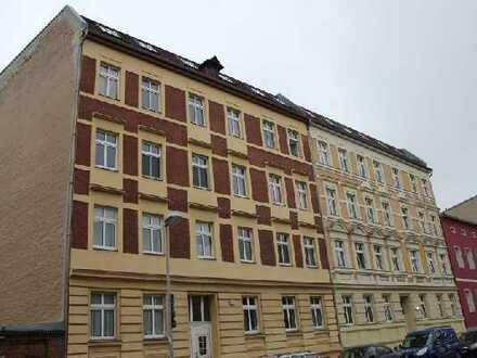 Ansprechende 2-Zimmer-Dachgeschosswohnung mit EBK in Brandenburg an der Havel