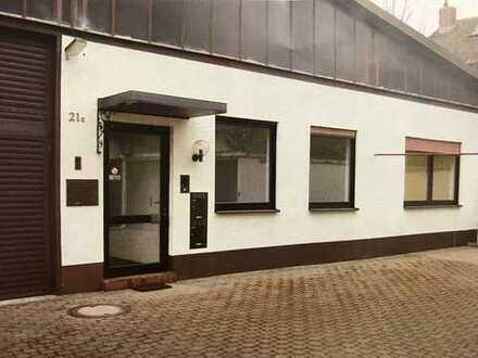 Sehr helle, frisch renovierte Büroräume in zentraler u. ruhiger Lage von Mundenheim