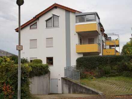 Gepflegte 3-Zimmer-Erdgeschosswohnung mit EBK in Oedheim