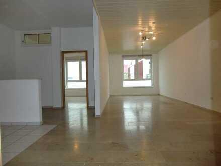 *** Erdgeschosswohnung mit großer Hobbyraum … in Tauberfeld