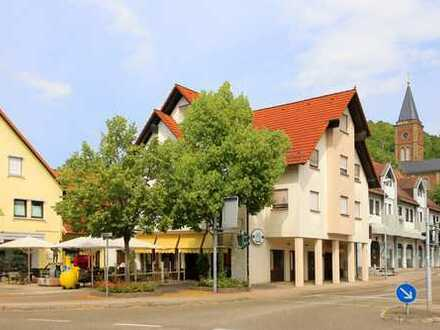Alteingesessenes Café und Bistro mit darüber liegenden Räumen im Zentrum von Bruchsal-Untergrombach