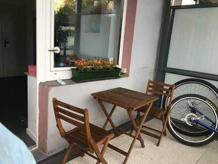 Helle modernisierte 3,5-Zimmer-Wohnung mit Balkon und Einbauküche im Frankenberger Viertel