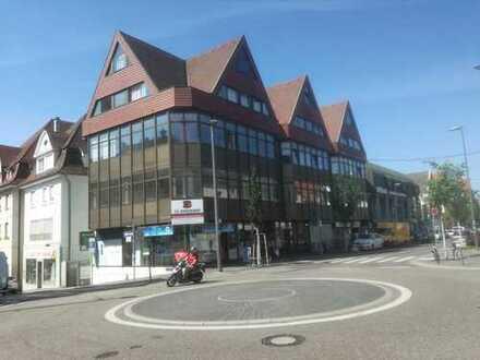 Einzelhandel, Laden, Imbiss, Cafe, Eisdiele, Pizzeria in Bestlage von Zuffenhausen. Provisionsfrei