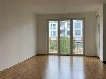 Barrierefreies Wohnen im Sonnengarten! Super geschnittene, helle 2-Zimmer-Wohnung mit Balkon!