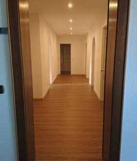 Erstbezug nach Modernisierung - Attraktive 4-Zimmer-Wohnung mit Süd-Balkon