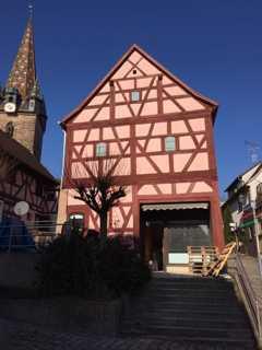 Wir bauen für Sie in Dietenhofen Mitten drin mit Terrasse