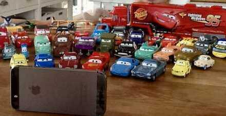 GARAGE und HALLE für Autos, Oldtimer, Motorräder, Boote, Sportwagen, Wohnmobile usw...