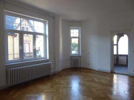Helle, großzügige drei Zimmer Wohnung in Jugendstilhaus, Ettlingen Kernstadt