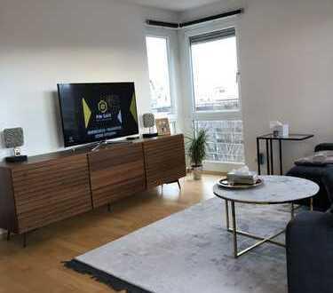 Exklusive 3-Zimmer-Wohnung mit Balkon und EBK in Obersendling, München