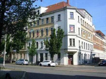Sanierter Altbau*Bülowviertel*2-Rwhg.*Tageslichtbad mit Wanne & Dusche*Balkon*separate Wohnküche
