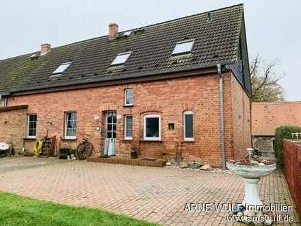 Kleine modernisierte Doppelhaushälfte in ruhiger ländlicher Lage!!!