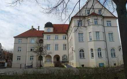 Wohnen im alten Rathaus! Erstbezug - 5-Zimmer - 2 Bäder - Wohnküche