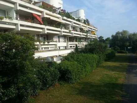 Stilvolle, sanierte 2,5-Zimmer-Hochparterre-Wohnung mit Balkon und EBK in Heidelberg
