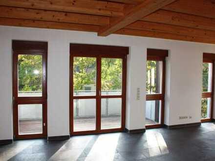 Außergewöhnliche Maisonette-Wohnung auf 3 Etagen in Karlsruhe-Grötzingen