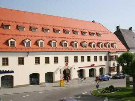 Provisionsfrei vom Eigentümer: Moderne Praxis mit Aufzug am Marktplatz von Grafing b. München (S4)
