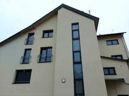 Erstbezug nach Sanierung: stilvolle 2-Zimmer-Wohnung mit Südwest-Balkon in Freigericht