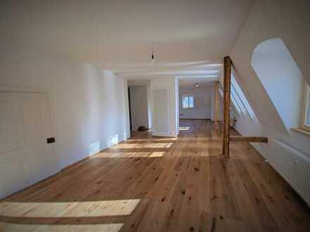 Helle, großzügige 4-Zimmer Wohnung in Kempten (Allgäu), Innenstadt