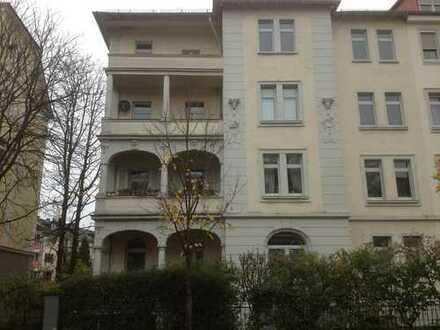 Modernisierte 1-Zimmer-Wohnung mit Balkon und EBK in Darmstadt